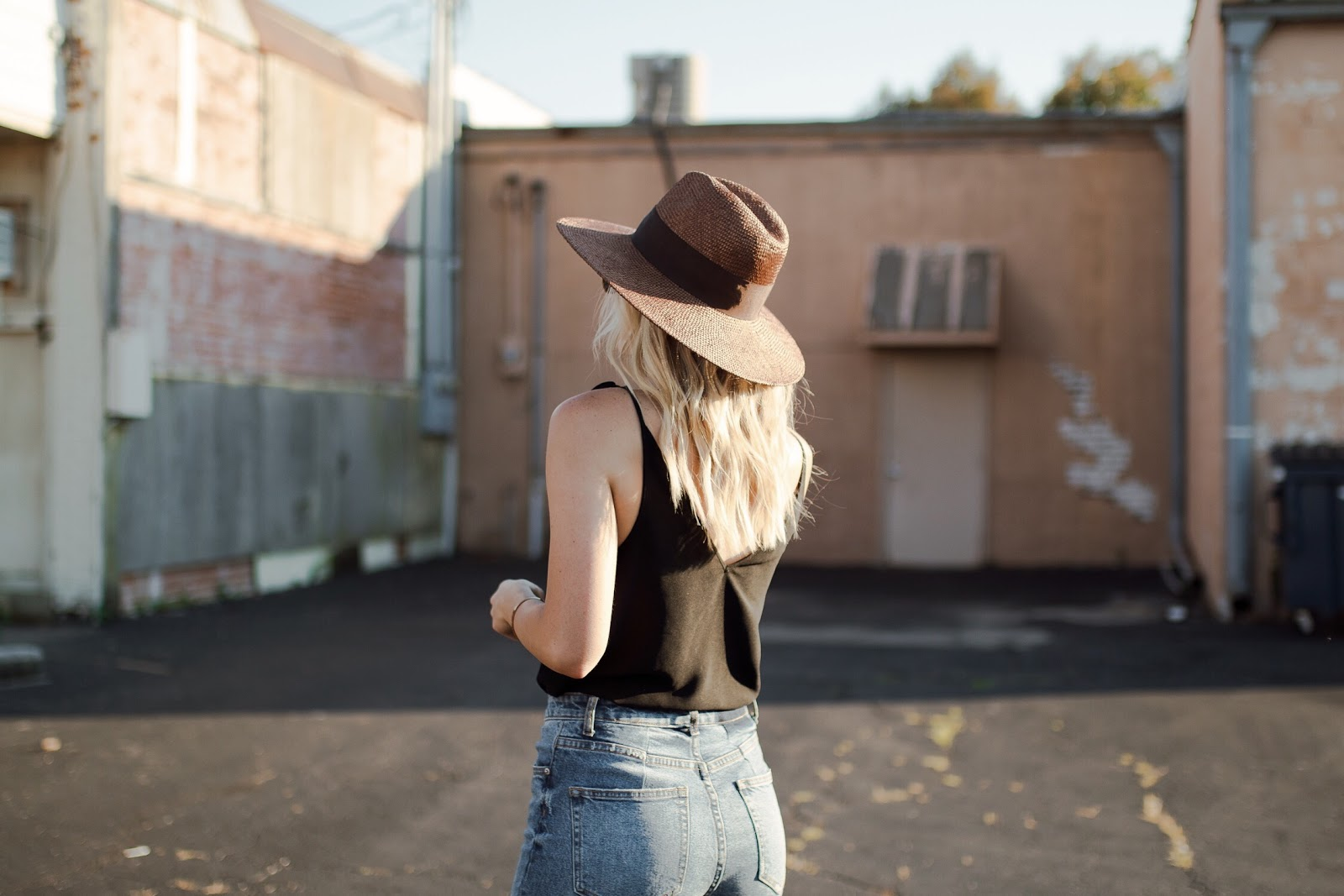 brown straw hat from banana republic
