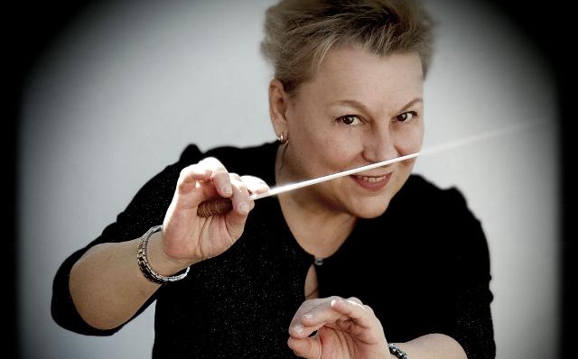 """La directora de orquesta Natalia Riazanova impartirá el taller """"Introducción a la Técnica de Dirección"""""""
