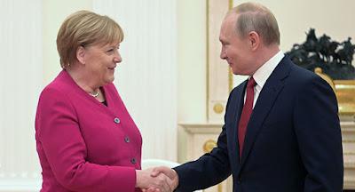 """Меркель уверена в скорой достройке """"Северного потока-2"""""""