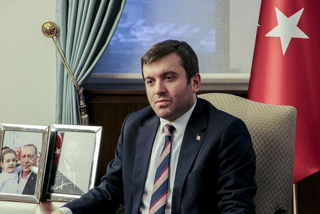 Τι γυρεύει στη Θράκη ο υφυπουργός Εξωτερικών της Τουρκίας;