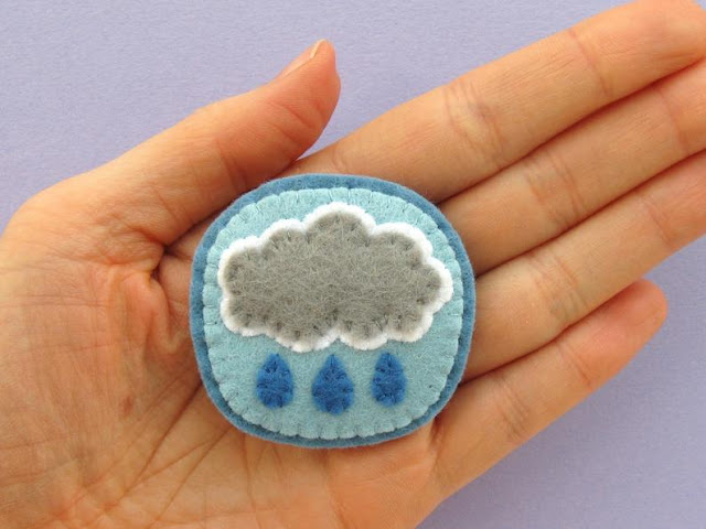felt raincloud weather brooch PDF sewing pattern