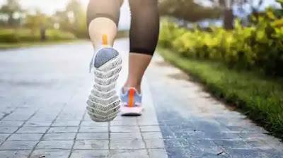 المشي هو مفتاح فقدان الوزن والدهون