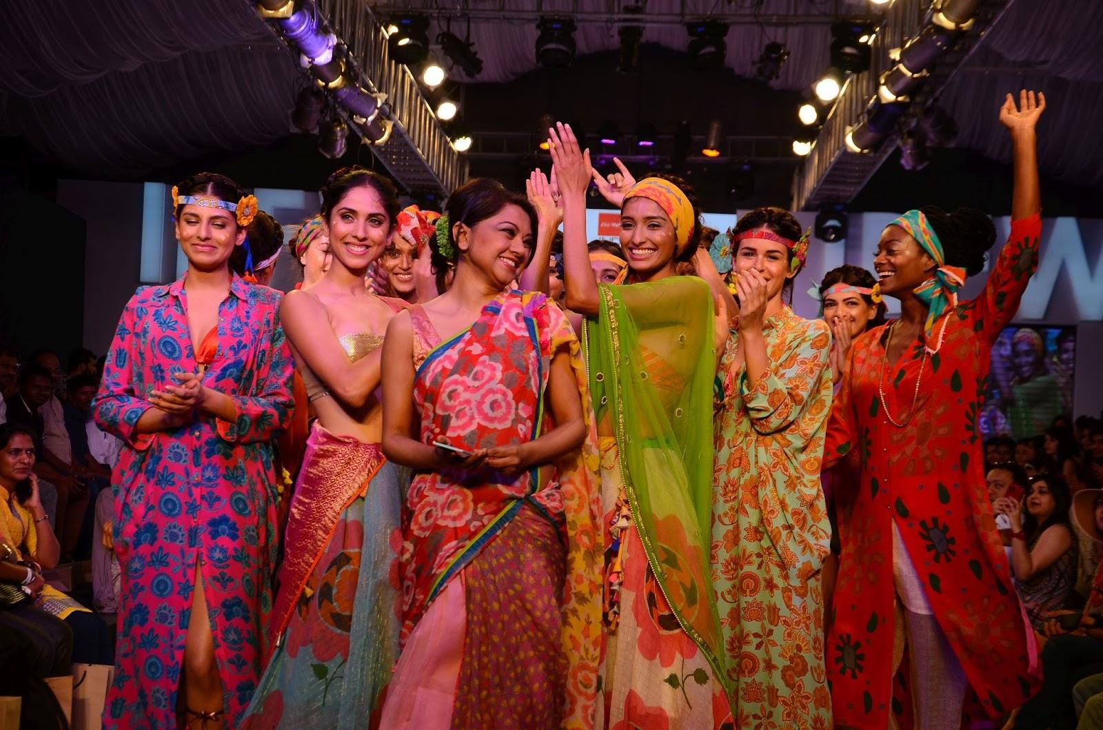 Anupamaa Dayal opens India Beach Fashion Week in Goa ...