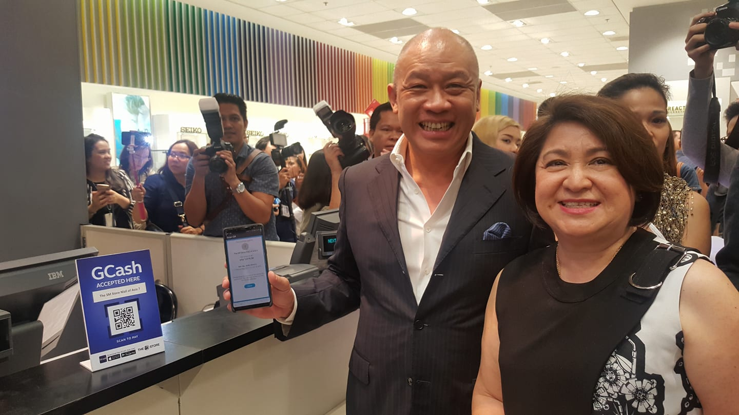 Globe's GCash Scan To Pay Now at The SM Store Nationwide ...