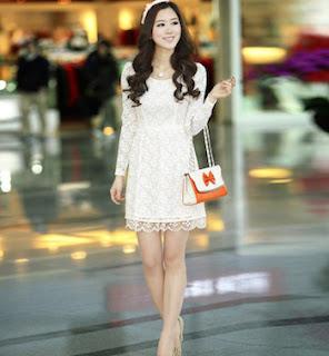 Fashion Korea dengan dress