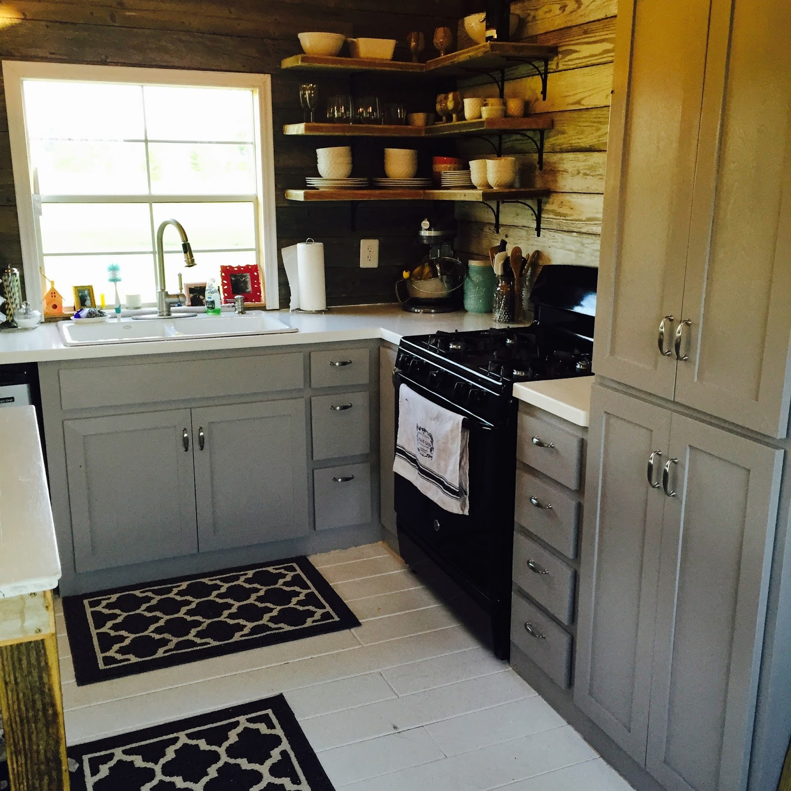Tiny home for family of 5 - Follow Tiny House Town On Facebook For Regular Tiny House Updates Here