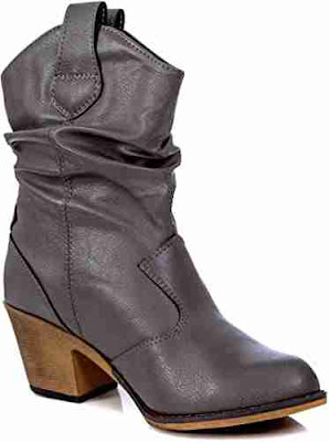 Benefits of summer boots for men and women