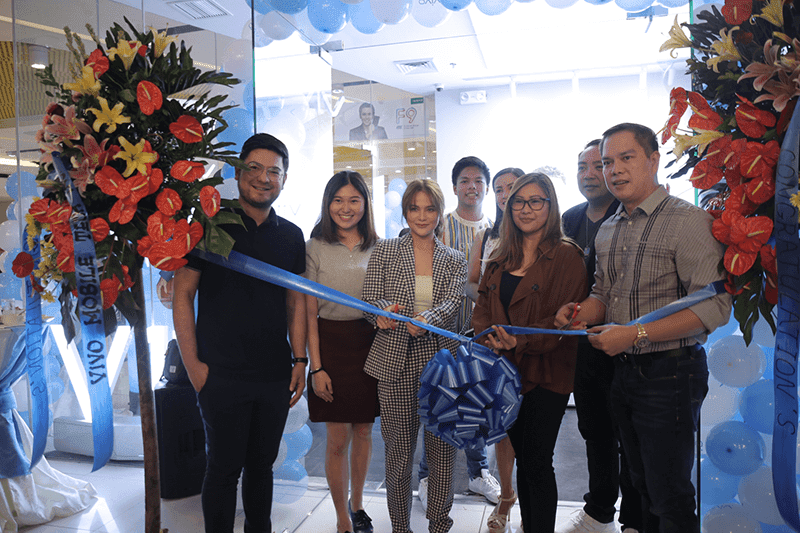 Vivo opens 69th concept store in SM North EDSA