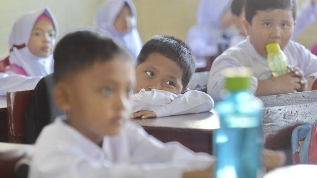 Resmi, Kemendikbud Izinkan Sekolah Tatap Muka di Wilayah Kategori Ini, Kapan Dimulai? Tunggu Nadiem