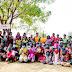 अनाथांना मदतीचा हात देवून शिवसेना महिला आघाडीच्या भगव्या सप्ताहाला प्रारंभ