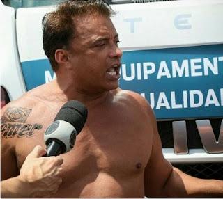 Deputado Wladimir Costa tatua nome de Temer no ombro