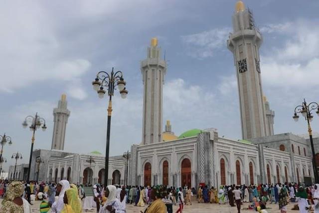 পশ্চিম আফ্রিকার বৃহত্তম মসজিদ মাসালাক আল-জানানের উদ্বোধন হল সেনেগালে