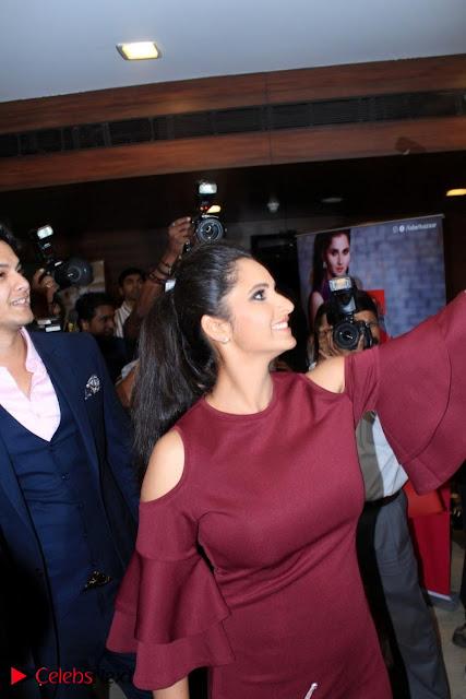 Indian Tennis Star Sania Mirza Pos in Red Short Dress at  0001.jpg
