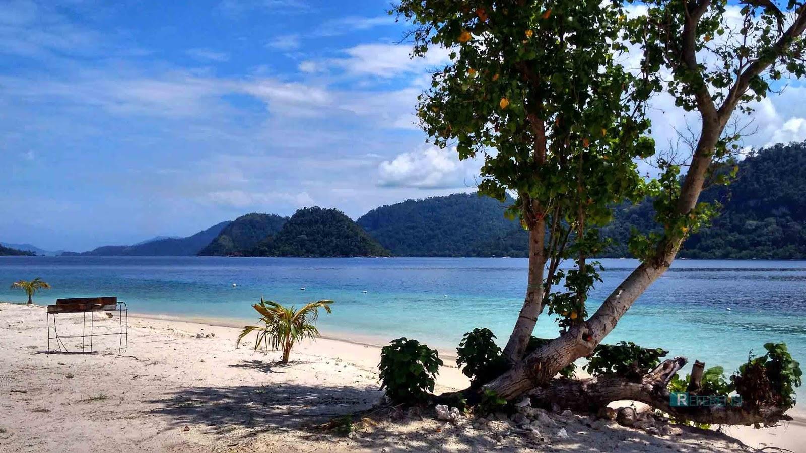 Wisata Pulau Pagang terletak dibagian wisata mandeh pesisir selatan