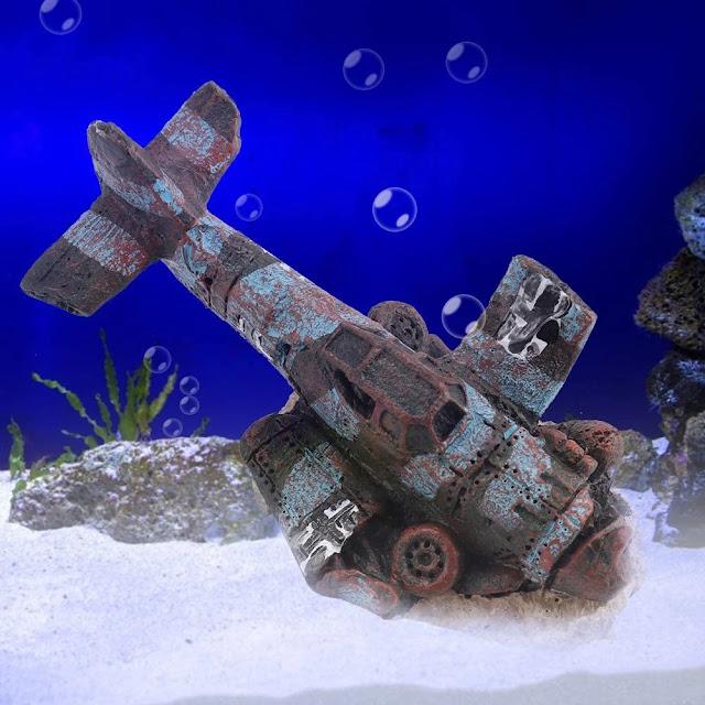Aircraft-Wreck-Aquarium-Decoration