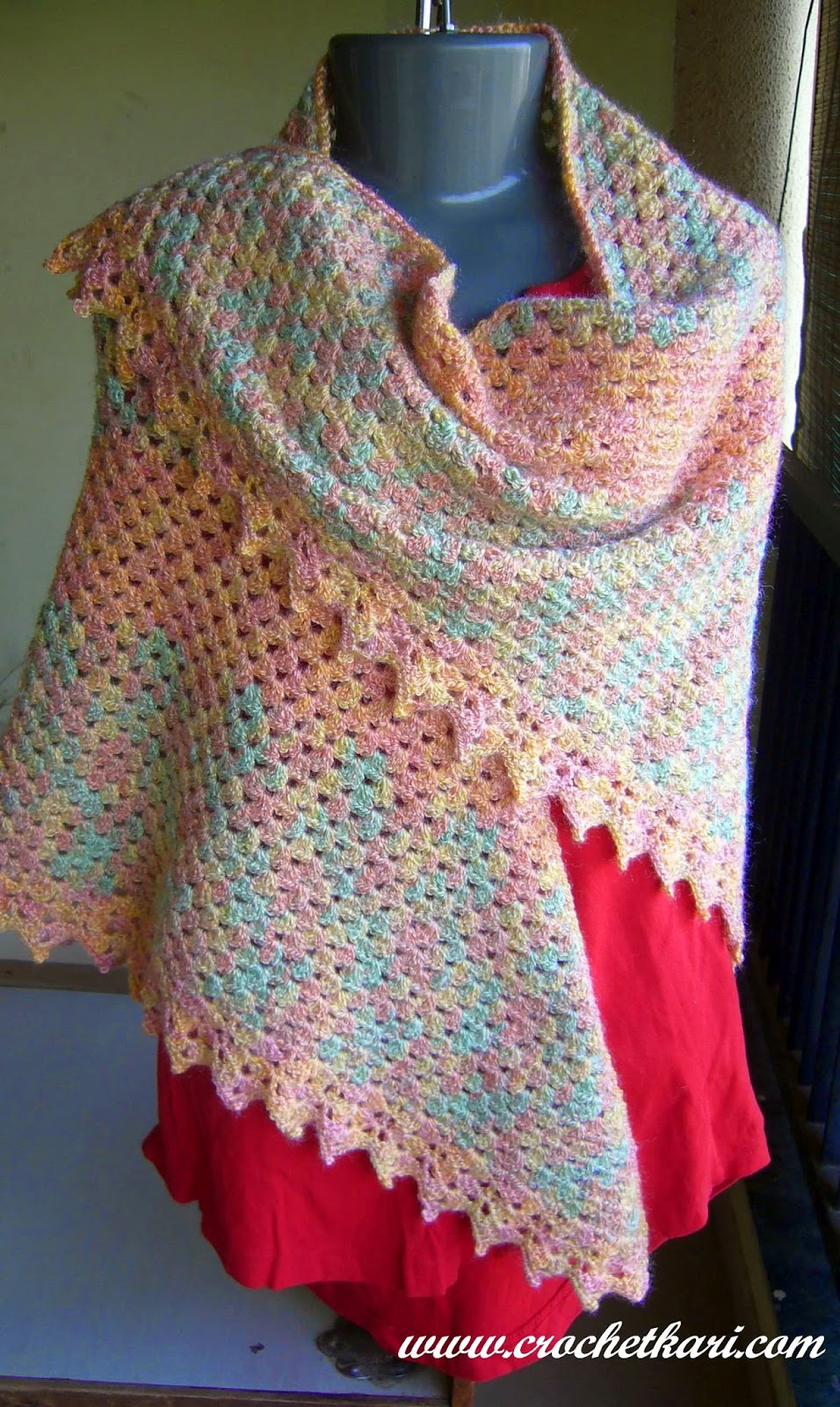 crochet granny triangle shawl