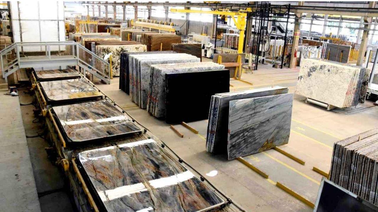 Exportações de rochas fecha segundo quadrimestre em alta de 39%