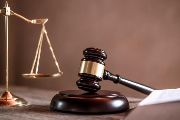 """Pastor incentiva a orar contra corrupção da Justiça: """"Apelamos para o tribunal celestial"""""""