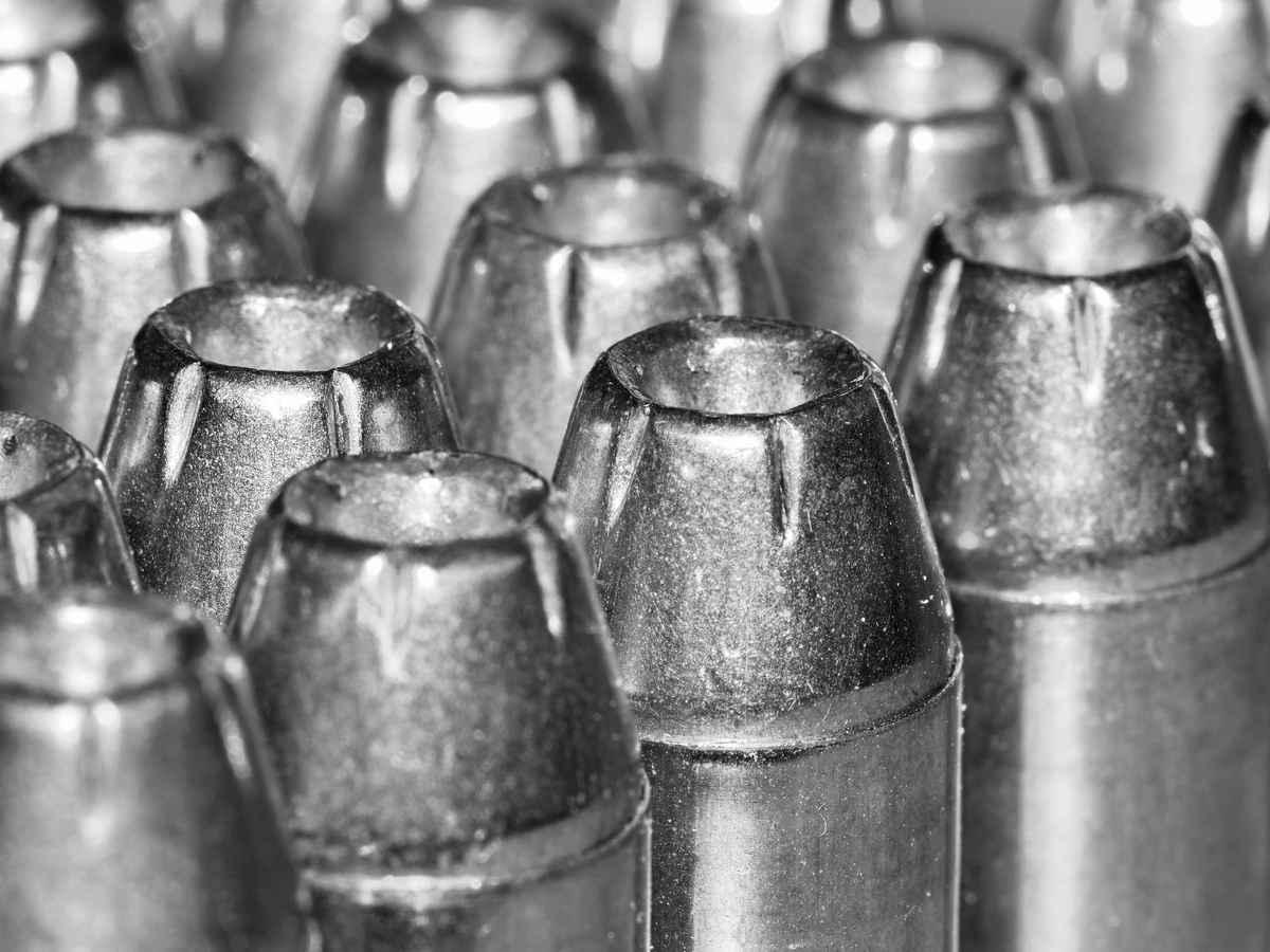 Огнестрельное оружие в службе судебных приставов