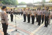 Tahun Baru, 92 Personel Polresta Mataram Naik Pangkat