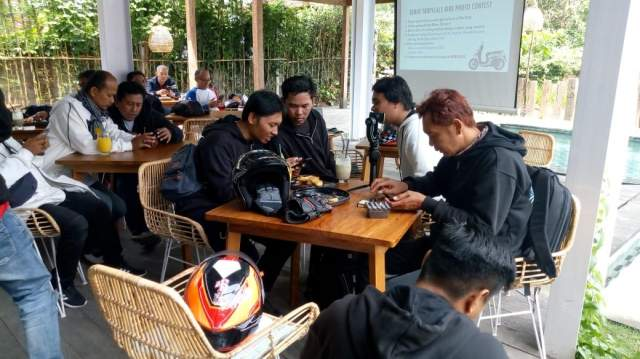 Foto Contest dan Games Fun Touring Honda Genio 110 Bali