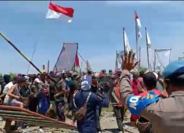 Ribuan Warga Ketapang Mengamuk, TKA China jadi Bulan-bulanan, Dipukuli dan Kabur ke Hutan