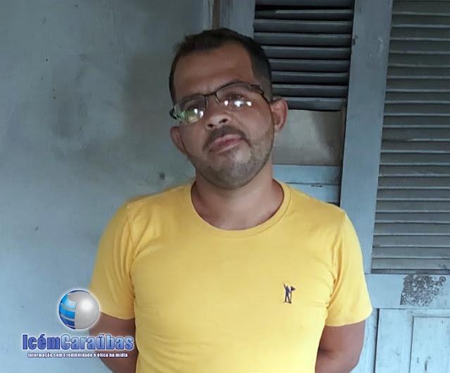 Polícia Militar prende em Caraúbas homem com mandado de prisão em aberto por tráfico de drogas