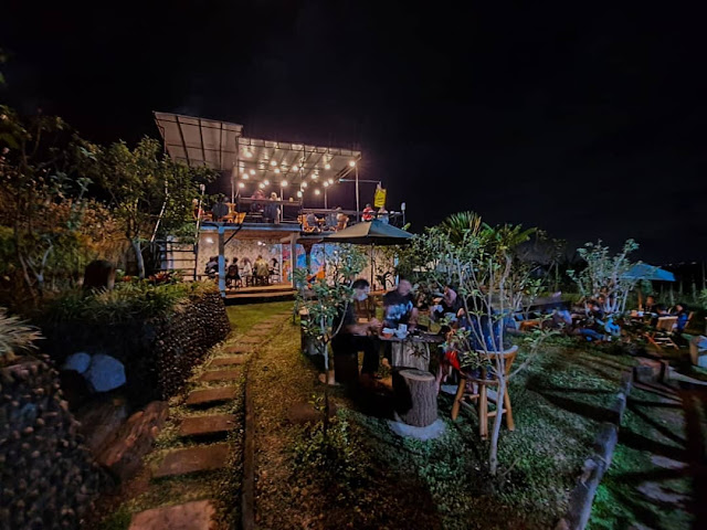 D'Goendoe Cafe Batu Jawa Timur