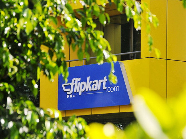 Tinuku Amazon made official offer to buy 60 percent of Flipkart
