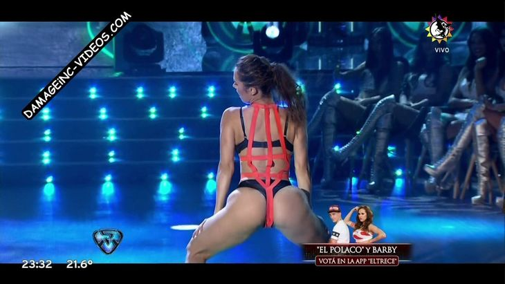 Barby Silenzi big booty in thong twerking Damageinc Videos HD