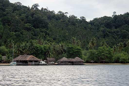 Pulau Cubadak Sumatera Barat