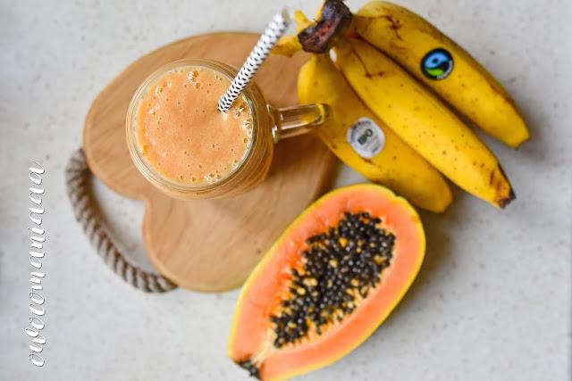 https://zielonekoktajle.blogspot.com/2018/12/banan-papaja-mleko-owsiane-maca.html
