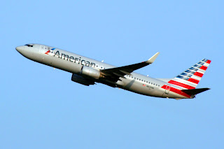 American Airlines Boeing 737 departs Sea-Tac Airport, SEA, NYSE:BA, Seattle