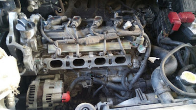 Engine bay Grand Livina 1.8