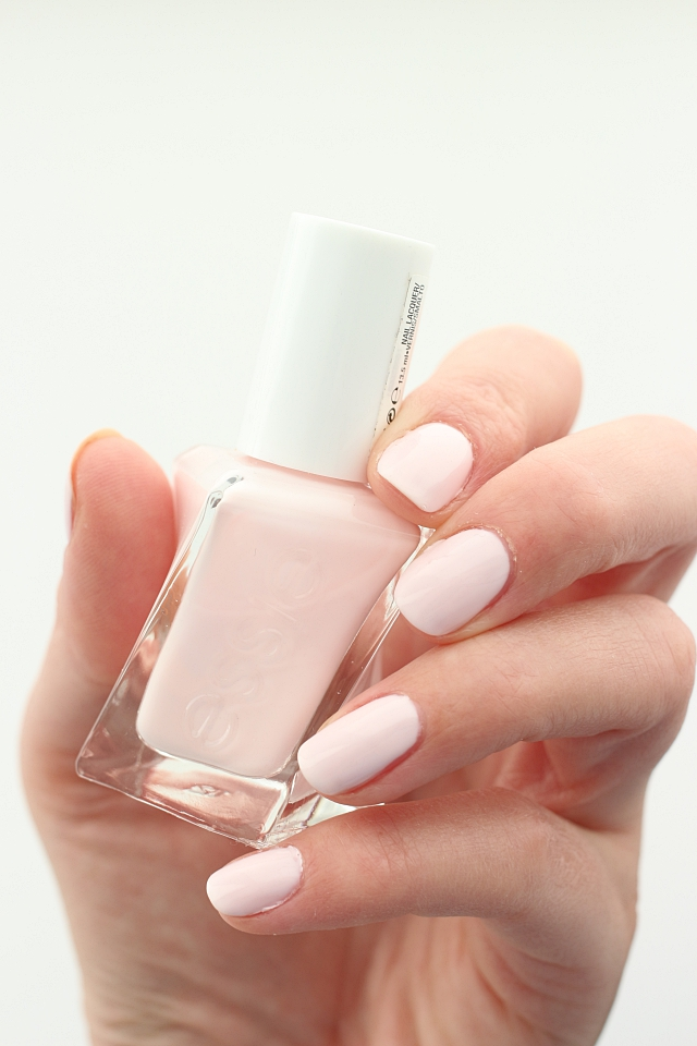 Essie GelCouture Matter Of Fiction