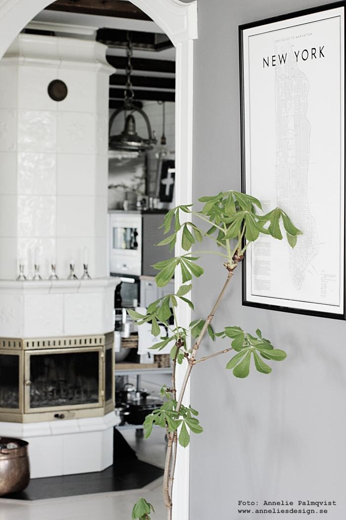 kakelugn, kakelugnar, svenska kakelugnar, grått, kvist, kvistar, ta in naturen, inredning,