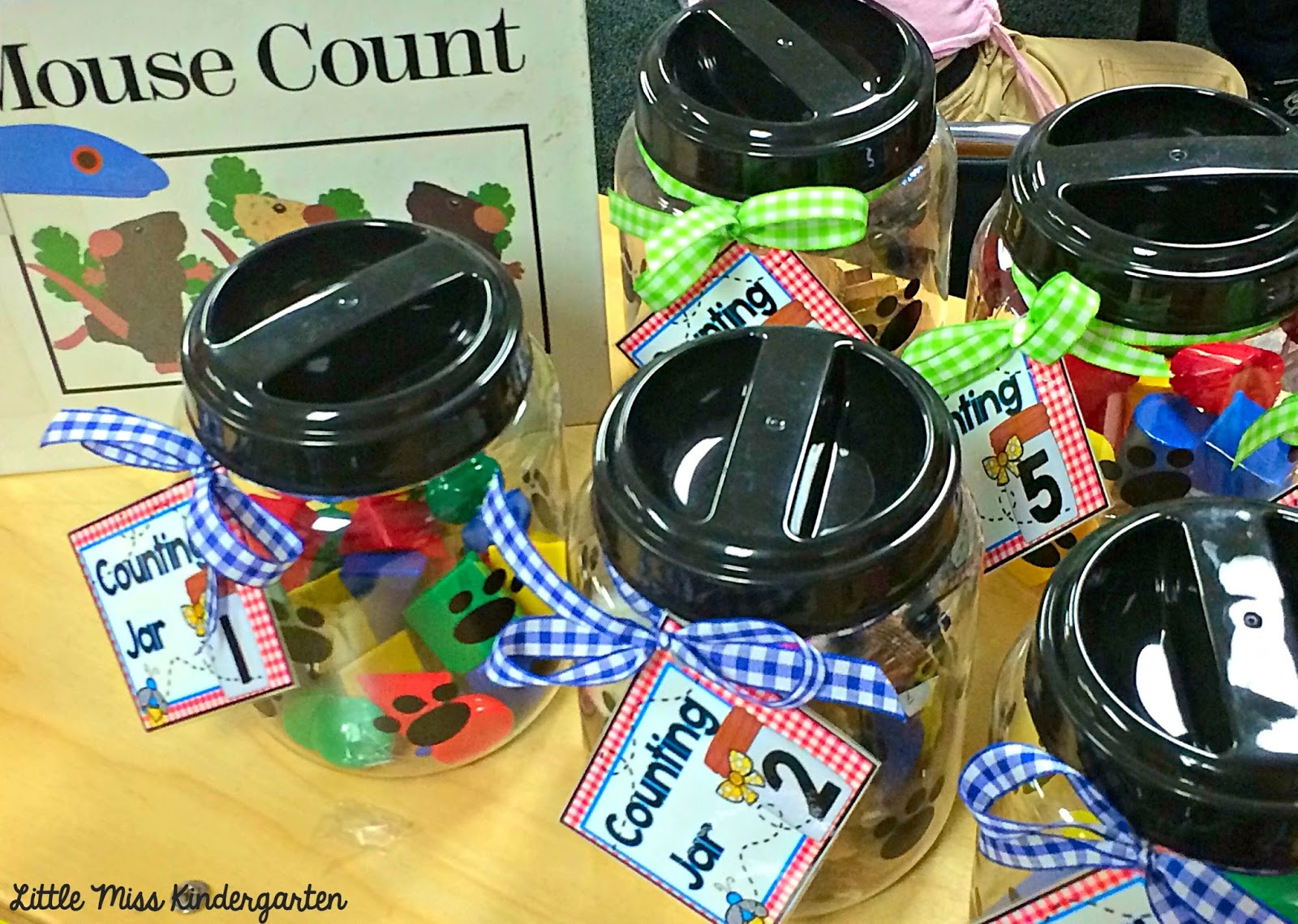 Little Miss Kindergarten Lessons From The Little Red Schoolhouse The Counting Jar 2 Freebie