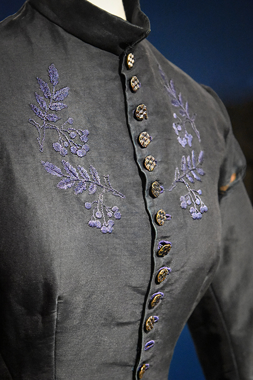 Silk & Stitch   DeKalb History Center   Photo: Travis Swann Taylor