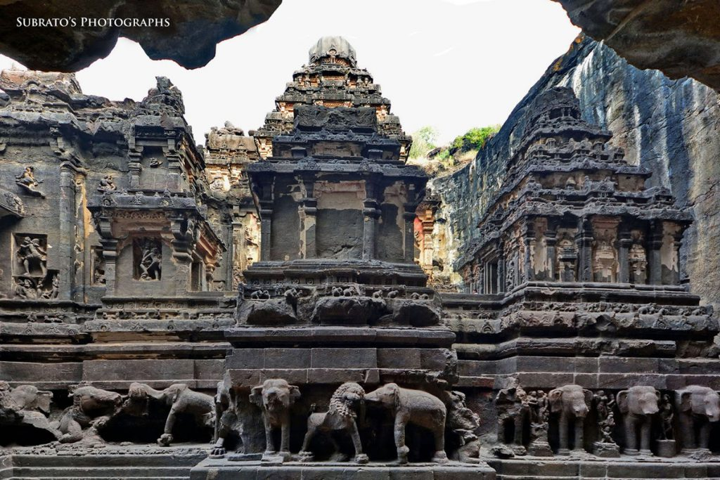కైలాశ ఆలయం లోపలి భాగం