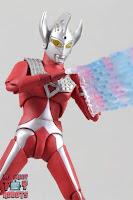 S.H. Figuarts Ultraman Taro 27