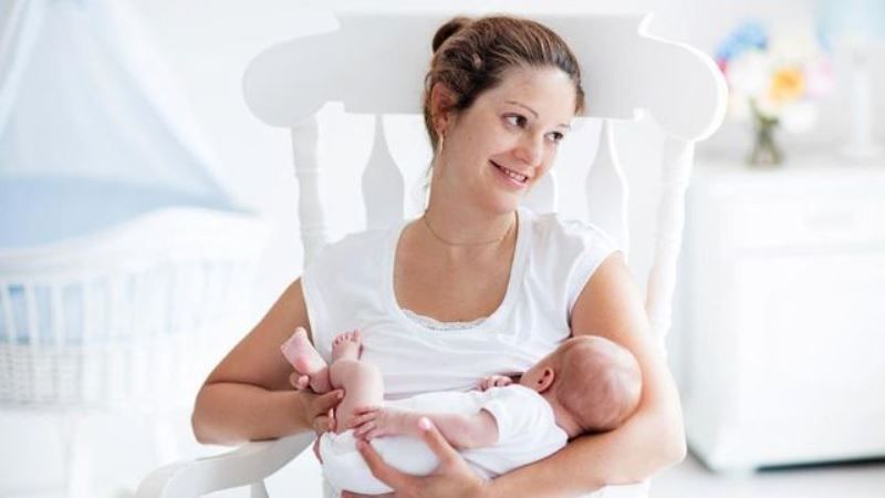 Studi  Mama's Choice: Semua Ibu Khawatir Saat Hamil dan Menyusui
