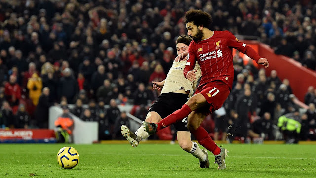 Liverpool 2-0 Manchester United: Liverpool became the first team since Arsenal in 2001/02 to score in their first 22 Premier League fixtures of a campaign. The Gunners went on to score in every match and win the title that season. (Image source: premierleague.com)