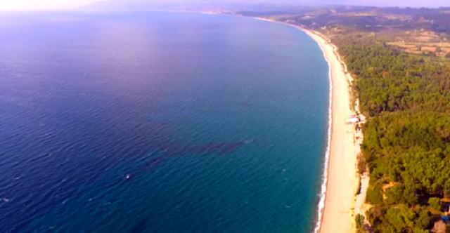 Μονολίθι Πρέβεζας: Η μεγαλύτερη παραλία με άμμο της Ευρώπης (video)