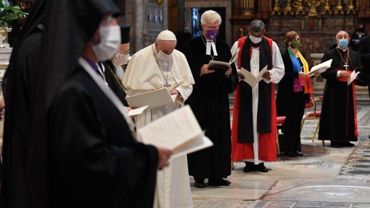 Paus Fransiskus: Cinta adalah Jalan Menuju Perdamaian