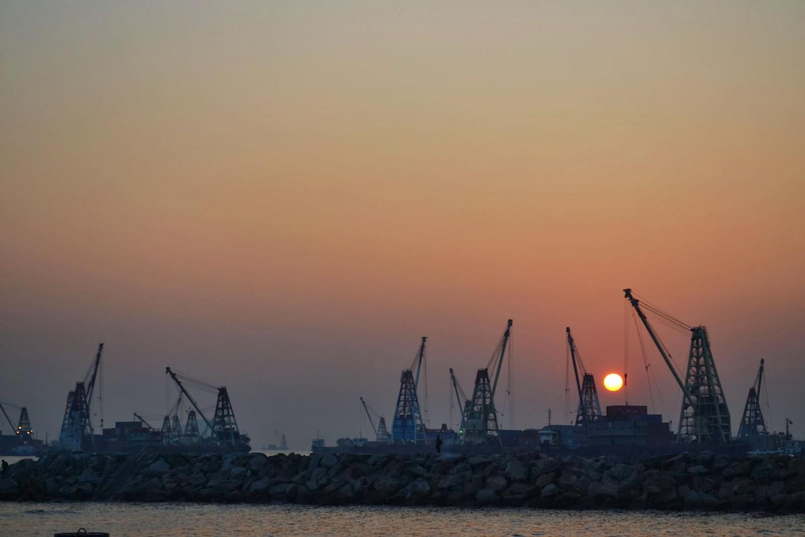 asdf001997: 大角咀碼頭的日夜和往事