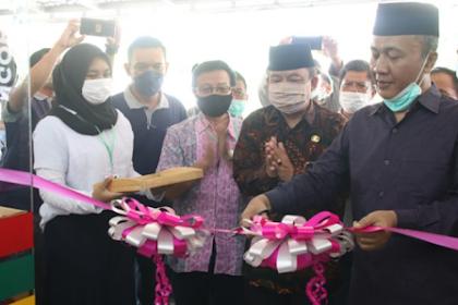 Grand Opening BUMDes Smart Maju Berkah Desa Midang, Bupati Ajak Untuk Berdayakan UMKM