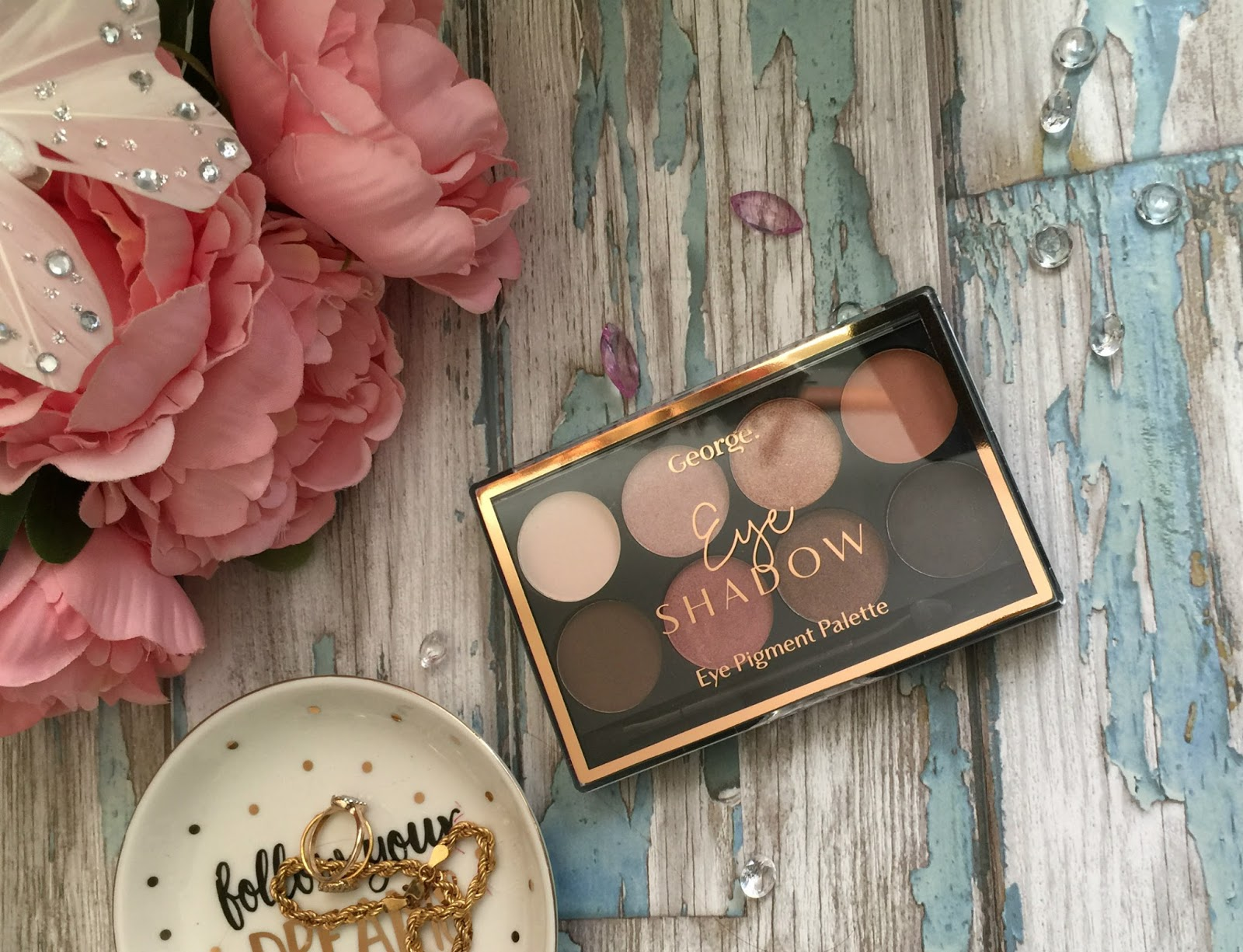 george eyeshadow collection nude