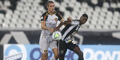Sport vence o Botafogo, rebaixa o time carioca e complica a vida do Goiás