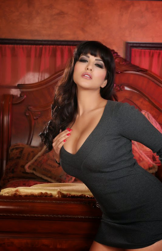 Sunny Leone Breast Photo