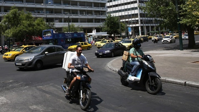 Οδήγηση δίκυκλου έως 125 κ.ε. με το δίπλωμα αυτοκινήτου - Οι προϋποθέσεις